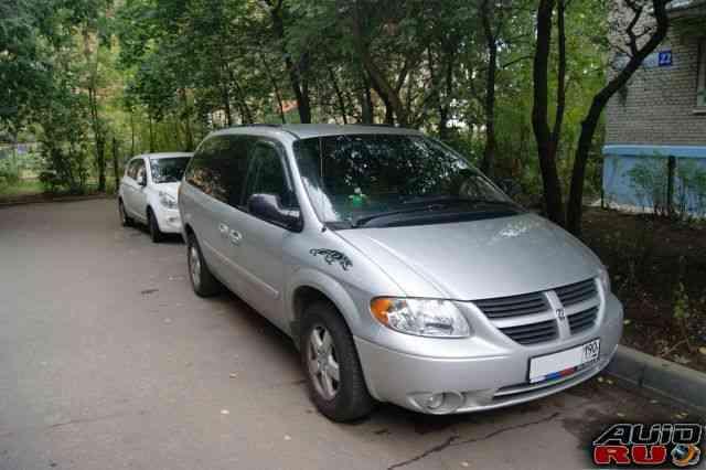 Dodge Grand Caravan, 2004