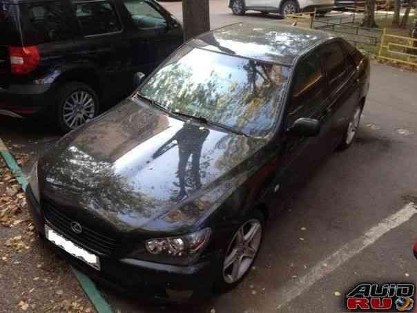 Lexus IS, 1999