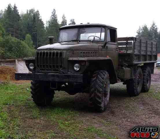Урал 4320 бортовой с лебёдкой