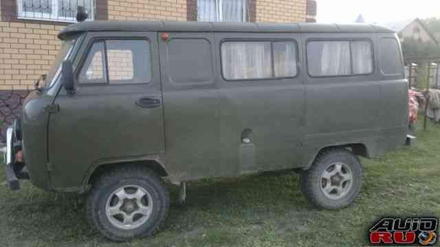 УАЗ 452 Буханка, 2001