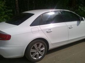Audi A4, 2010 фото-1