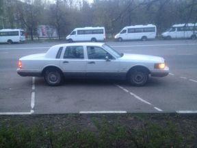 Lincoln Town Car, 1991