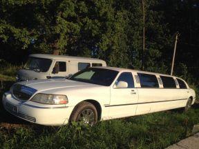 Lincoln Town Car, 2002