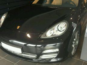 Porsche Panamera 4, 2013