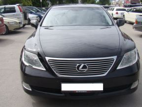 Lexus LS, 2008