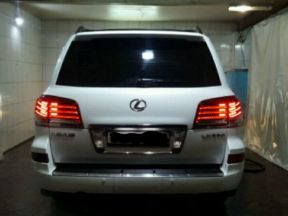 Lexus LX, 2012
