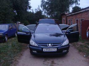 Peugeot 607, 2000