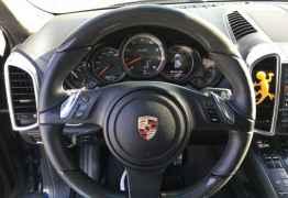 Porsche Cayenne Turbo, 2011