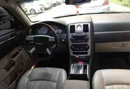 Chrysler 300C, 2005