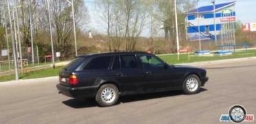 БМВ 5 серия, 1993 года